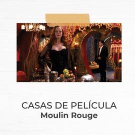 Los excesos, el burlesque, el cabaret y la excentricidad conviven en los interiores de Moulin Rouge 🌹. Todo está lleno de luces de neón y colores vibrantes como el roja pasión y adornado con una pizca de exotismo oriental. Es una decoración tan realista que consigue transportarnos hasta el París de la época del cabaret.  #casasdepelicula #Moulinrouge #estoresymas #estoresenrollables #estores #telas #estoresenrollablesamedida #decoracion #diseñodeinteriores #decotendencia #decoideas